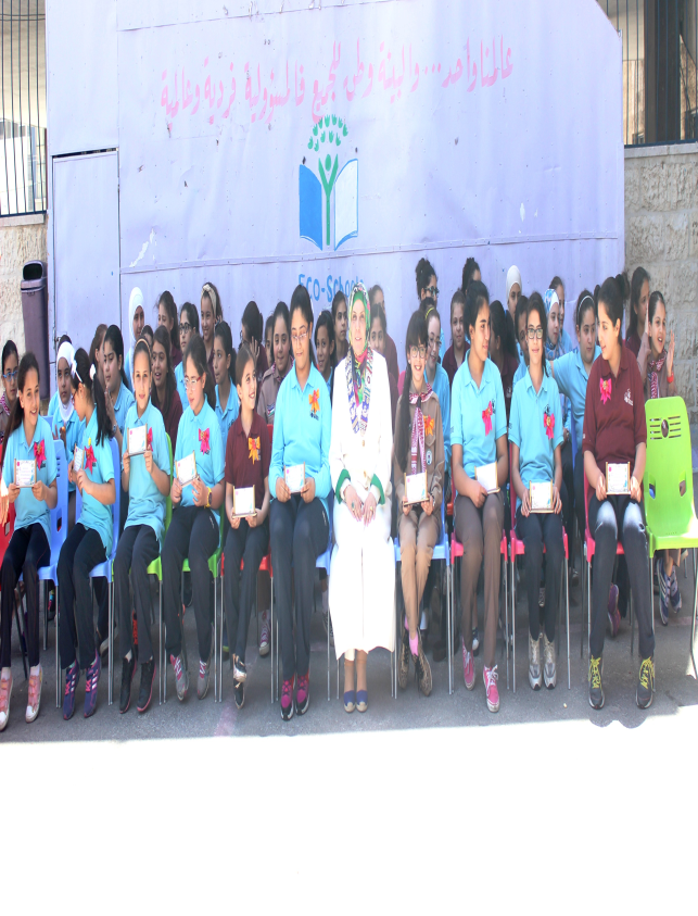 MSS / girls manager Mrs. Ghada Abu Hadbah honores distinguished Girls students in all fields